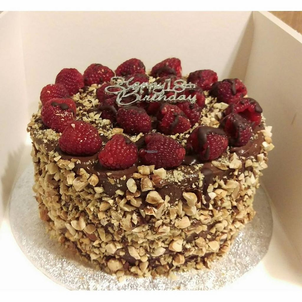 """Photo of Cakes & ish  by <a href=""""/members/profile/community5"""">community5</a> <br/>Birthday cake <br/> March 24, 2017  - <a href='/contact/abuse/image/89191/240226'>Report</a>"""