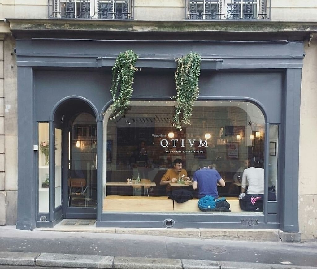 """Photo of Otium Cold Press  by <a href=""""/members/profile/HenrietteK"""">HenrietteK</a> <br/>store front <br/> March 26, 2017  - <a href='/contact/abuse/image/89204/241072'>Report</a>"""
