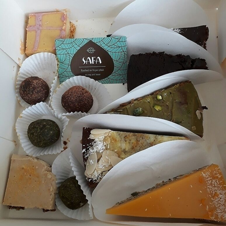 "Photo of Safa  by <a href=""/members/profile/HadassaSlok"">HadassaSlok</a> <br/>all kinds of raw vegan and vegan goodies from safa bakery <br/> June 7, 2017  - <a href='/contact/abuse/image/89258/266680'>Report</a>"