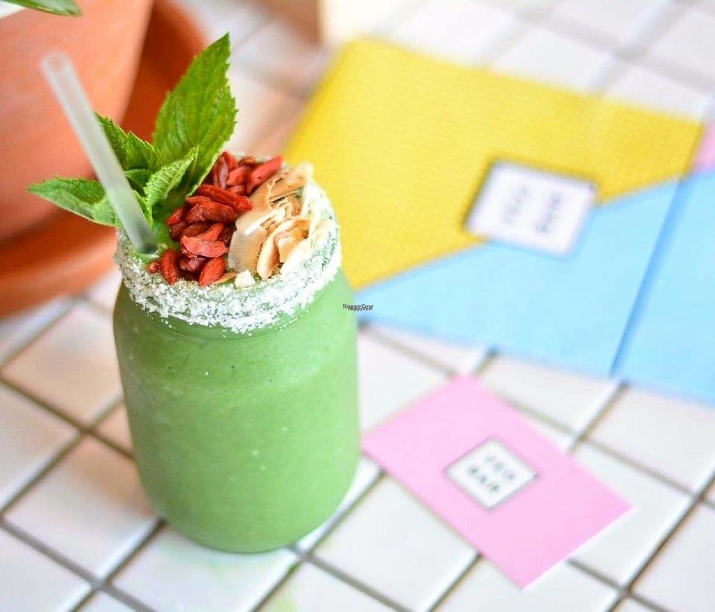 """Photo of Veg Bar  by <a href=""""/members/profile/jazmindt"""">jazmindt</a> <br/>Tree Hugger smoothie <br/> March 26, 2017  - <a href='/contact/abuse/image/89286/241056'>Report</a>"""