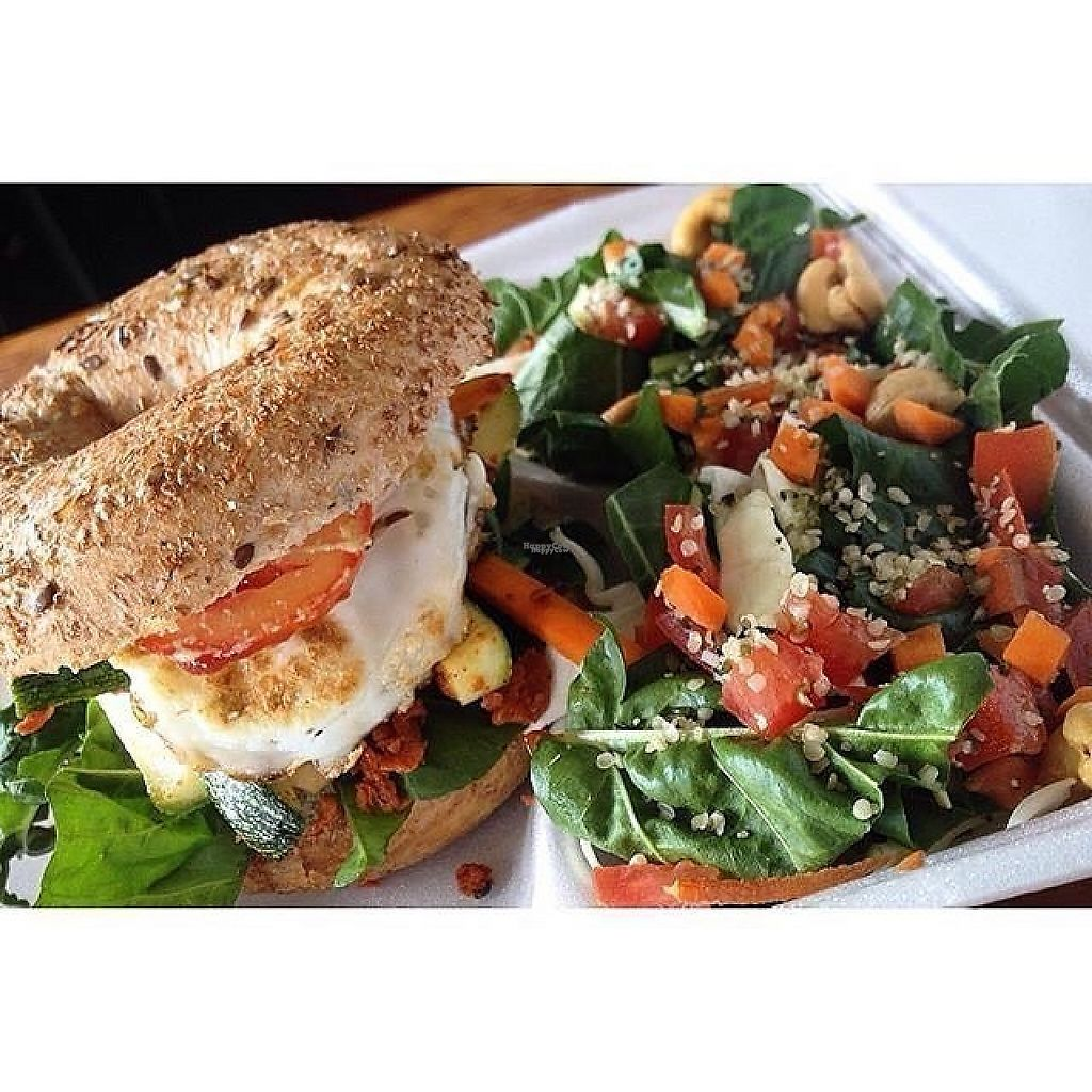 """Photo of Organic Store  by <a href=""""/members/profile/nictebaeza"""">nictebaeza</a> <br/>vegetarian bagel  <br/> March 29, 2017  - <a href='/contact/abuse/image/89420/242213'>Report</a>"""