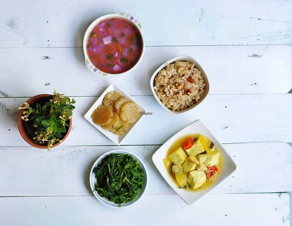 """Photo of Bep Lut Macrobiotic Kitchen  by <a href=""""/members/profile/gann26"""">gann26</a> <br/>vegan macrobiotic lunch <br/> March 30, 2017  - <a href='/contact/abuse/image/89480/242502'>Report</a>"""