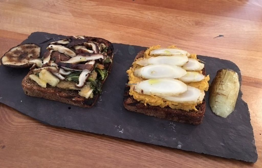 "Photo of Gatherings  by <a href=""/members/profile/Yolanda"">Yolanda</a> <br/>shitake mushroom and sauerkraut on toast plus roasted carrot on toast <br/> May 4, 2017  - <a href='/contact/abuse/image/89597/255396'>Report</a>"