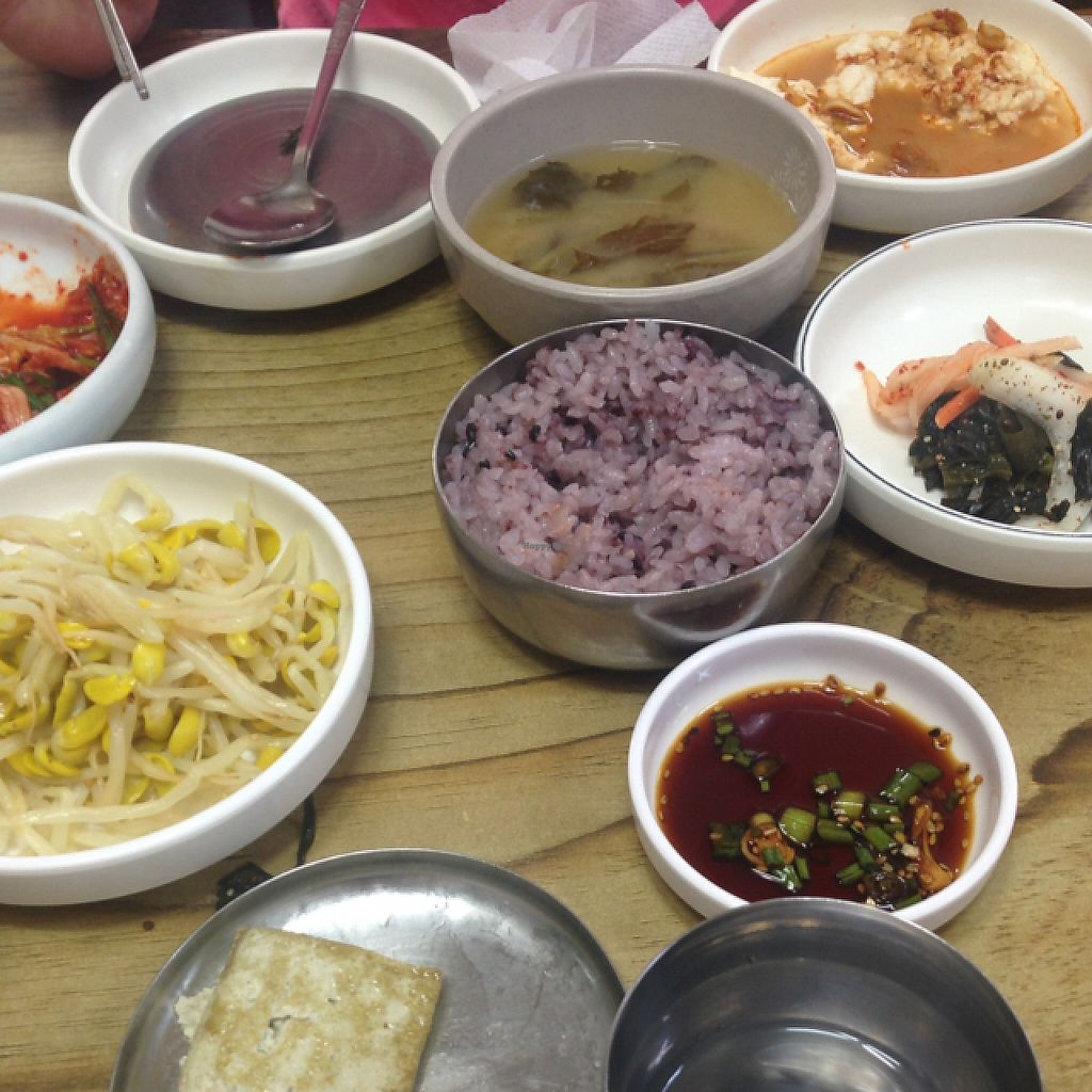 "Photo of Baengnyeonok - 백년옥  by <a href=""/members/profile/Serasaur174"">Serasaur174</a> <br/>Too much food! <br/> May 4, 2017  - <a href='/contact/abuse/image/89610/255436'>Report</a>"
