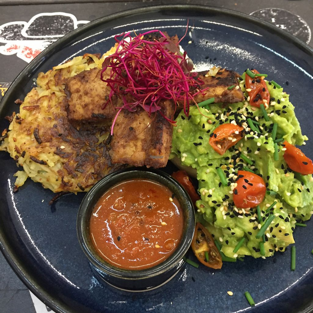 """Photo of I Will Kill Again  by <a href=""""/members/profile/LydB"""">LydB</a> <br/>Homemade muffin with avocado, etc <br/> April 2, 2017  - <a href='/contact/abuse/image/89619/244211'>Report</a>"""