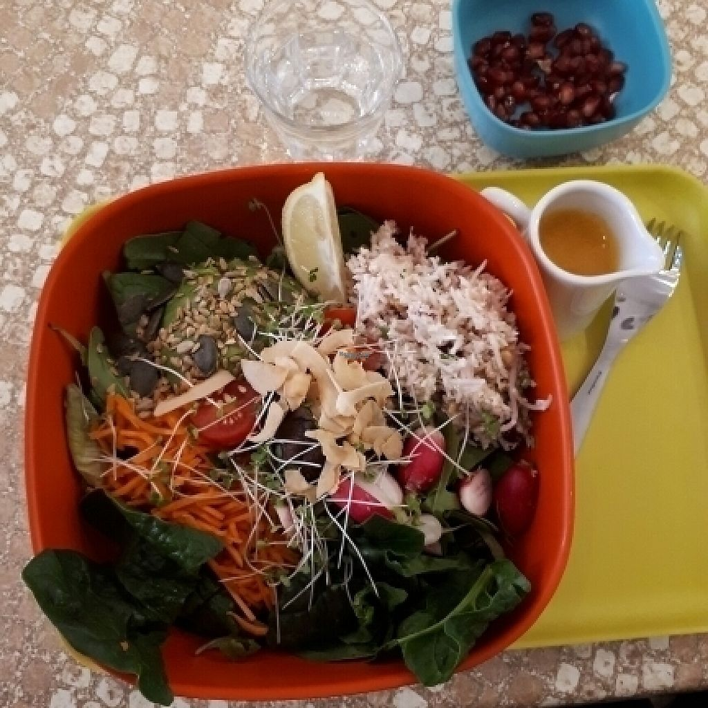 """Photo of World Food Barn  by <a href=""""/members/profile/PascalB"""">PascalB</a> <br/>raw vegan bowl <br/> April 19, 2017  - <a href='/contact/abuse/image/89650/250030'>Report</a>"""