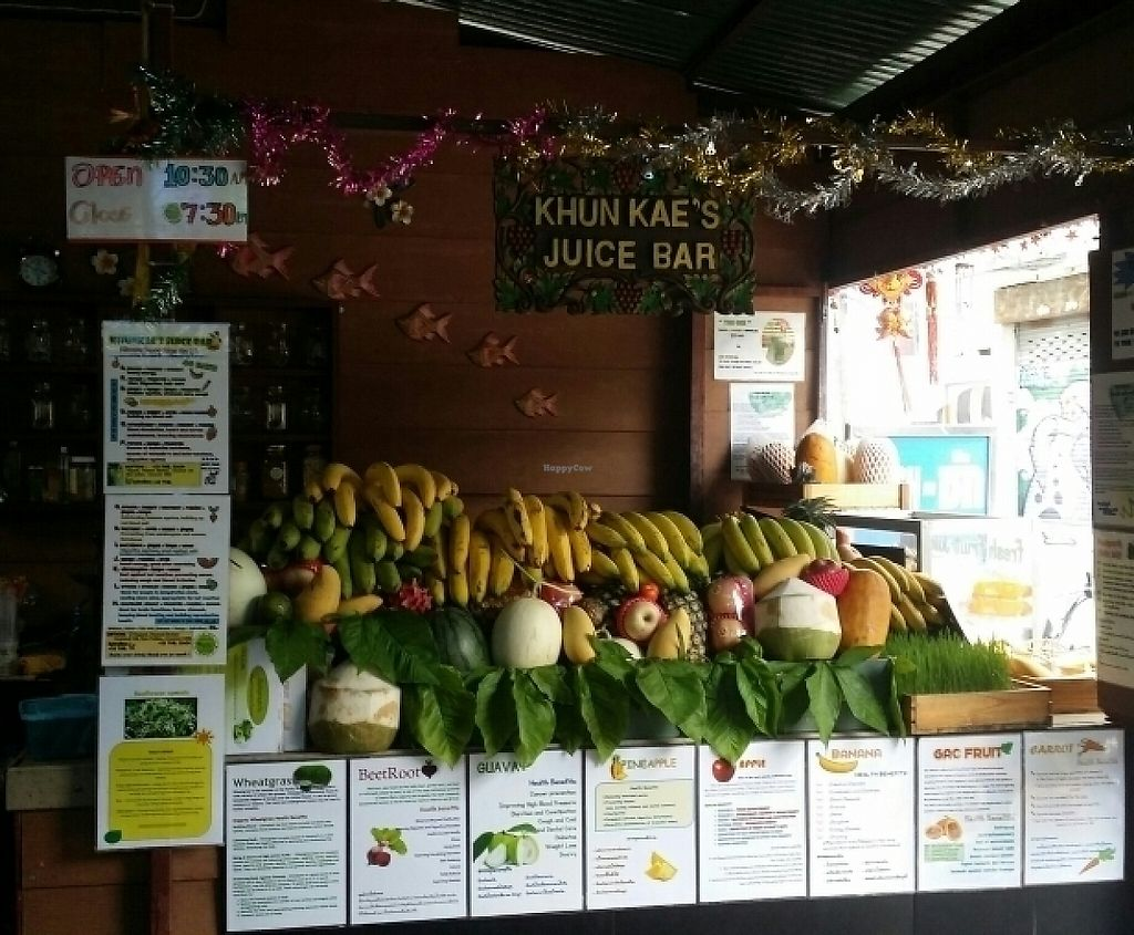 "Photo of Khun Kae's Juice Bar  by <a href=""/members/profile/Mike%20Munsie"">Mike Munsie</a> <br/>Khun Kae's Juice Bar <br/> June 5, 2017  - <a href='/contact/abuse/image/89676/265971'>Report</a>"