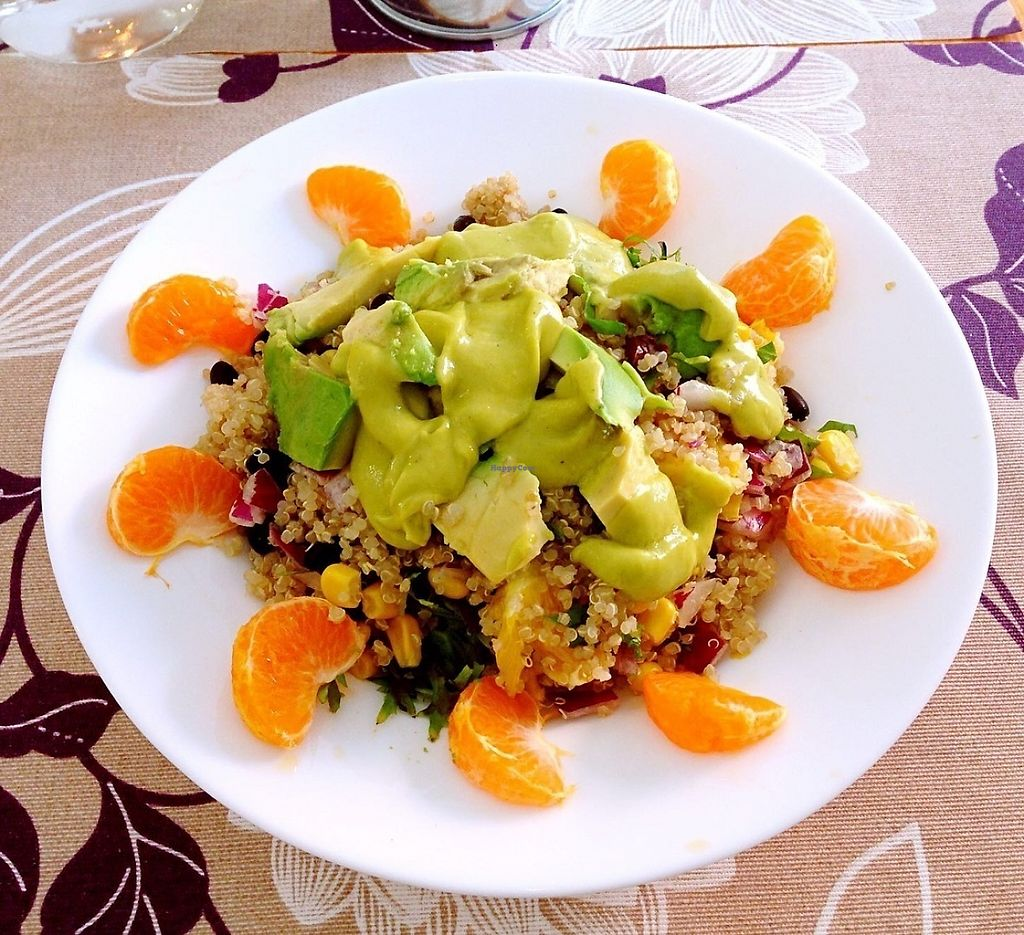 """Photo of La Reina Banana  by <a href=""""/members/profile/Ivanlopez"""">Ivanlopez</a> <br/>Mexican quinoa salad <br/> May 22, 2017  - <a href='/contact/abuse/image/89694/261236'>Report</a>"""
