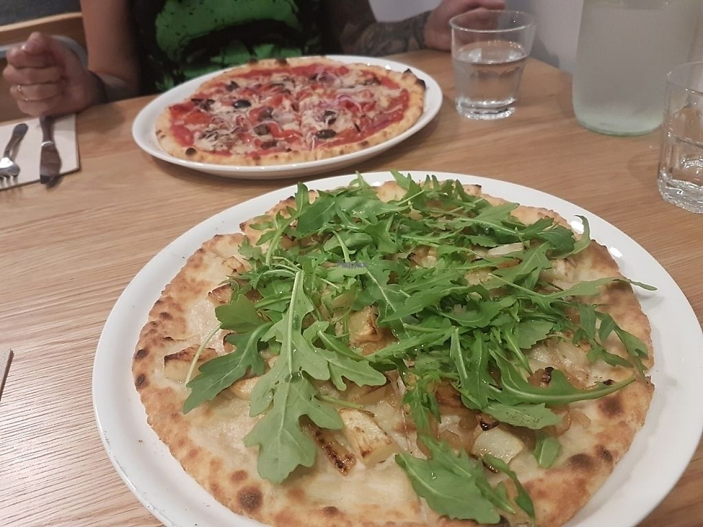 """Photo of Piatto Pizza  by <a href=""""/members/profile/Missbecc"""">Missbecc</a> <br/>pizzaa!!!! <br/> April 20, 2017  - <a href='/contact/abuse/image/89721/250170'>Report</a>"""