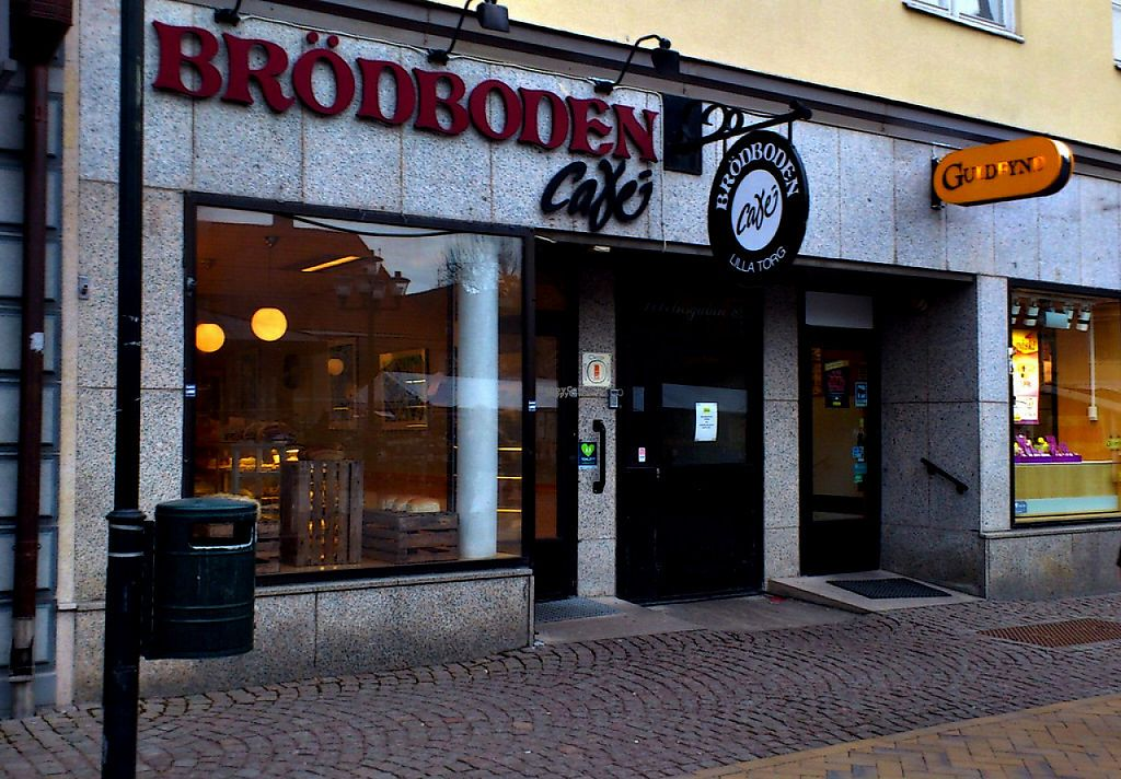 """Photo of Brödboden  by <a href=""""/members/profile/Thewisevegan"""">Thewisevegan</a> <br/>The café <br/> April 26, 2017  - <a href='/contact/abuse/image/89757/252794'>Report</a>"""