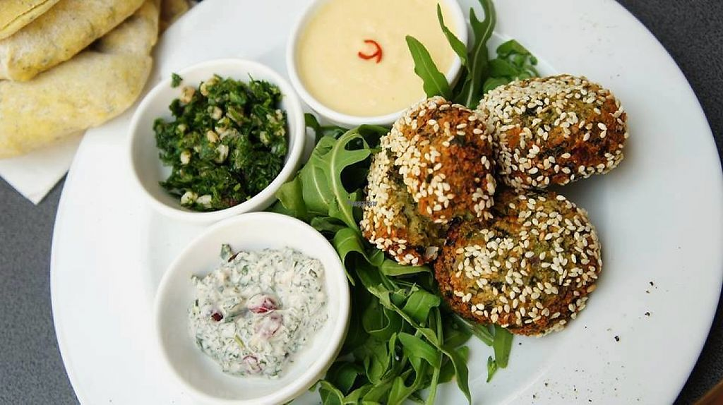"Photo of SAM - Zoliborz  by <a href=""/members/profile/Vera%20Peres"">Vera Peres</a> <br/>Falafel, tabboulé and vegan mayo <br/> April 4, 2017  - <a href='/contact/abuse/image/89764/244590'>Report</a>"