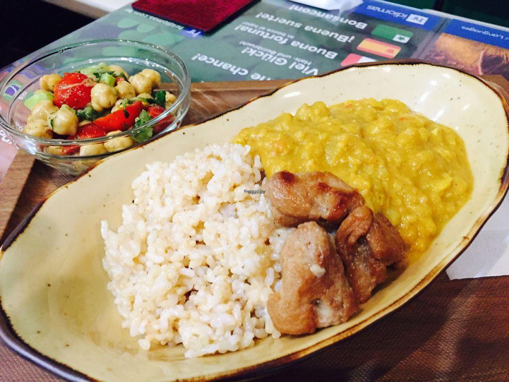 "Photo of SOJO Esperanto-Vegana Kafejo  by <a href=""/members/profile/SAITO%20Yoshinori"">SAITO Yoshinori</a> <br/>Chickpea curry with salad <br/> April 7, 2017  - <a href='/contact/abuse/image/89820/245385'>Report</a>"