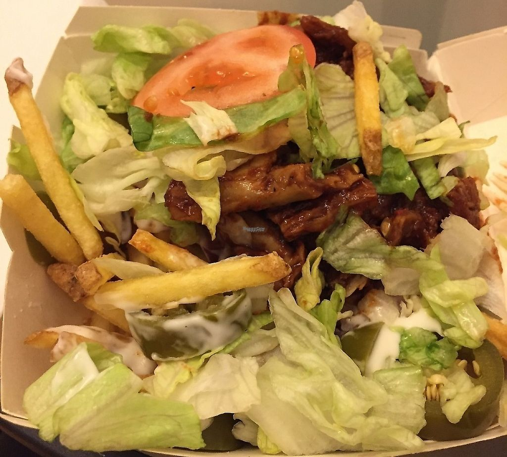 """Photo of Max - Hammarby Sjöstad  by <a href=""""/members/profile/Pons"""">Pons</a> <br/>Tasty Vegan Oumph-låda (Vegan Oumph-box), common vegan foodhack <br/> April 5, 2017  - <a href='/contact/abuse/image/89839/246138'>Report</a>"""