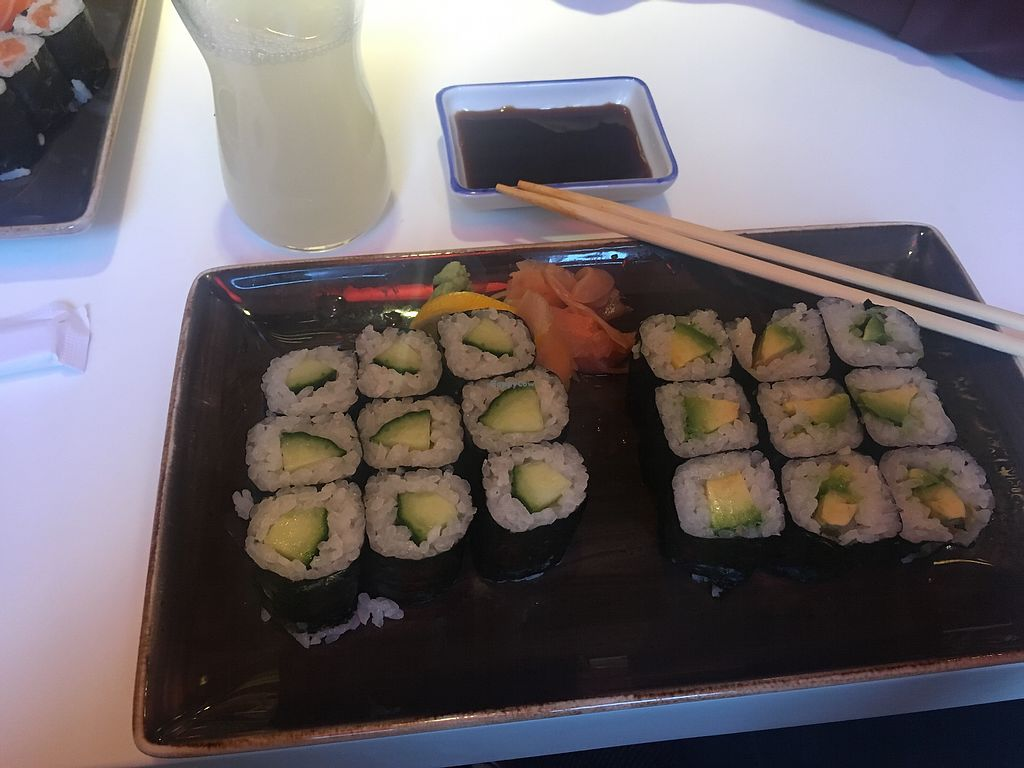 "Photo of Akakiko  by <a href=""/members/profile/Kathikazze"">Kathikazze</a> <br/>Vegan sushi with avocado and cucumber <br/> February 10, 2018  - <a href='/contact/abuse/image/89844/357603'>Report</a>"