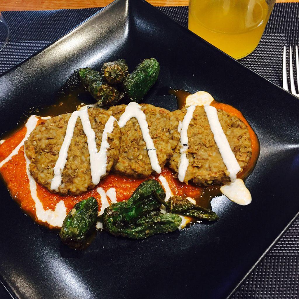 "Photo of Black Salad  by <a href=""/members/profile/Kasperle"">Kasperle</a> <br/>hamburguesas de arroz y lentejas <br/> May 5, 2017  - <a href='/contact/abuse/image/89976/255881'>Report</a>"