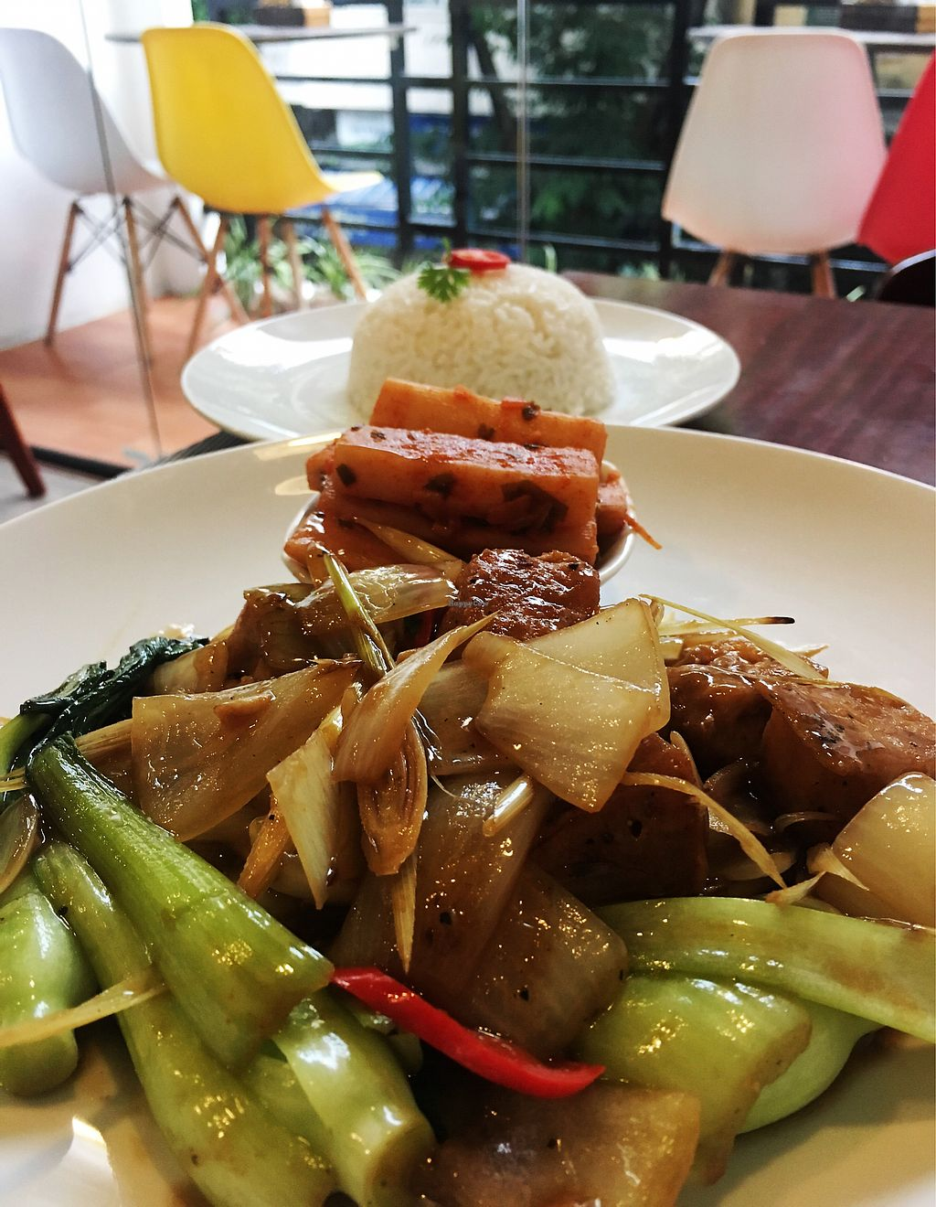 "Photo of The Veg - Organic Vego and Tea  by <a href=""/members/profile/SorayaViana"">SorayaViana</a> <br/>Stir fried tofu with chili and lemongrass <br/> September 30, 2017  - <a href='/contact/abuse/image/89997/309964'>Report</a>"