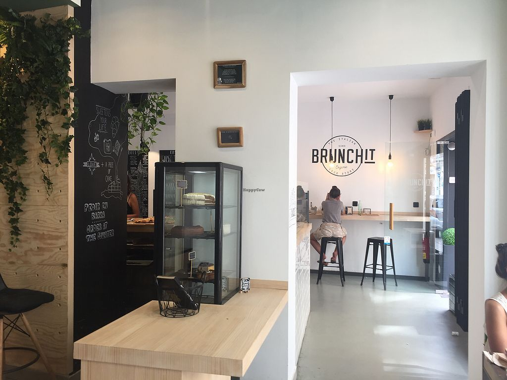 "Photo of Brunchit  by <a href=""/members/profile/scavalli2017"">scavalli2017</a> <br/>cool surroundings  <br/> September 3, 2017  - <a href='/contact/abuse/image/90019/300381'>Report</a>"
