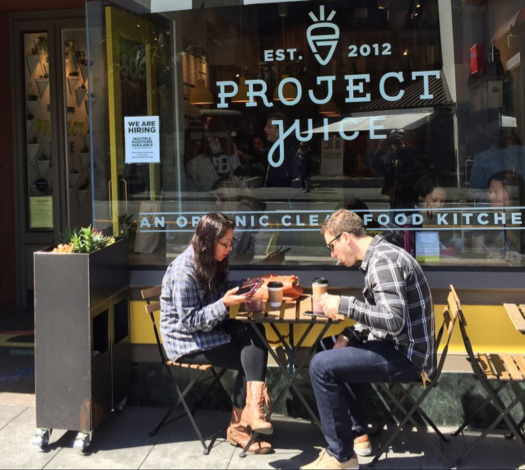 """Photo of Project Juice - Castro District  by <a href=""""/members/profile/SFRobbie"""">SFRobbie</a> <br/>One of a few tables for eating in <br/> April 9, 2017  - <a href='/contact/abuse/image/90071/246055'>Report</a>"""