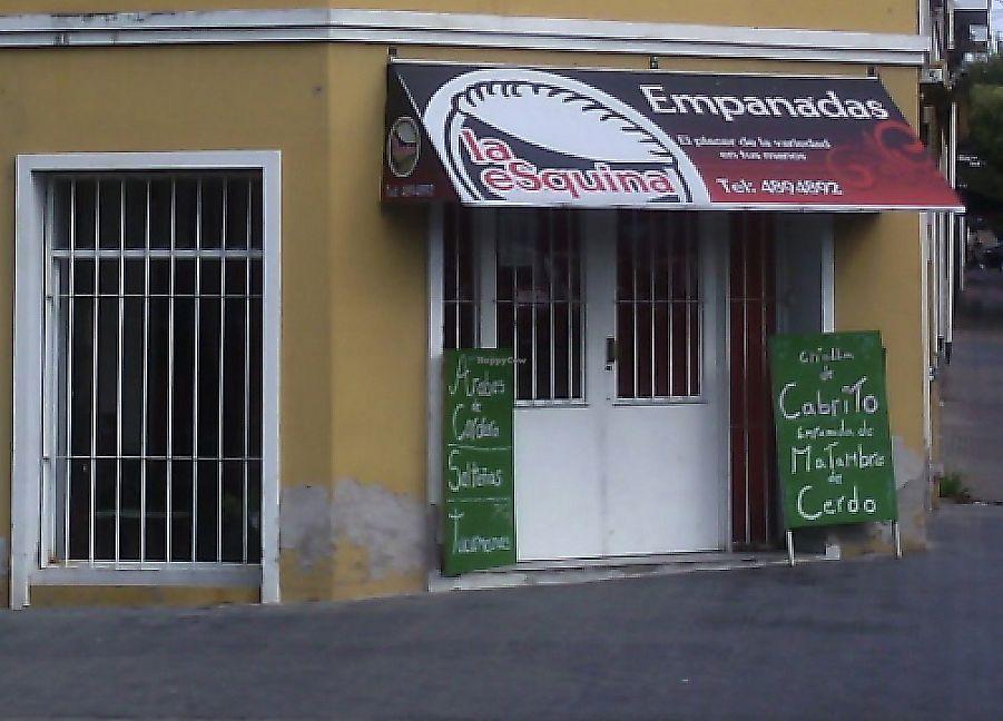 "Photo of Empanadas La Esquina  by <a href=""/members/profile/community5"">community5</a> <br/>Empanadas La Esquina <br/> April 13, 2017  - <a href='/contact/abuse/image/90073/287408'>Report</a>"