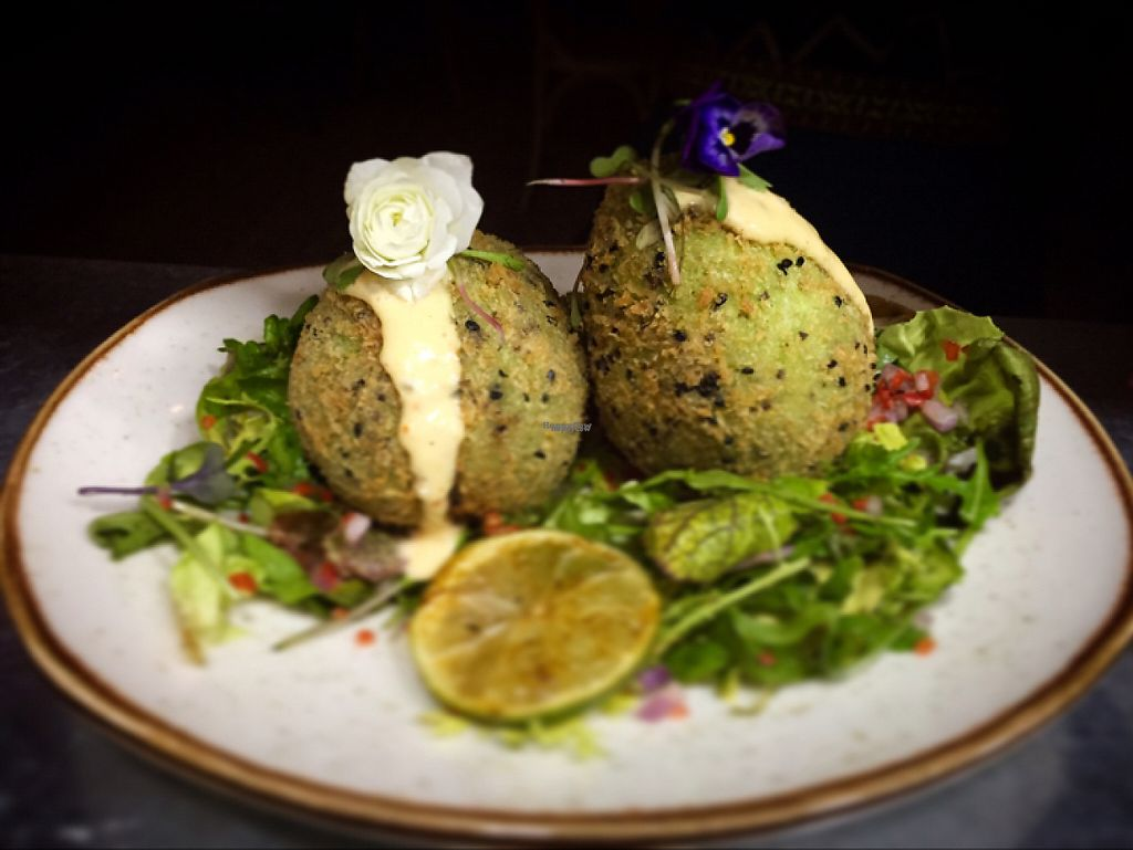 """Photo of Victoria Regia  by <a href=""""/members/profile/HuangHoTse"""">HuangHoTse</a> <br/>Avocados picked in panko, stuffed with tofu and sweet chilli sauce <br/> April 9, 2017  - <a href='/contact/abuse/image/90110/246507'>Report</a>"""