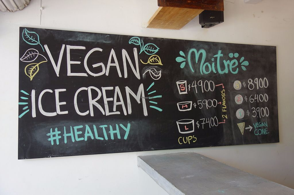 "Photo of Moitre Helado Vegano  by <a href=""/members/profile/Eepie"">Eepie</a> <br/>interior <br/> August 19, 2017  - <a href='/contact/abuse/image/90113/294493'>Report</a>"