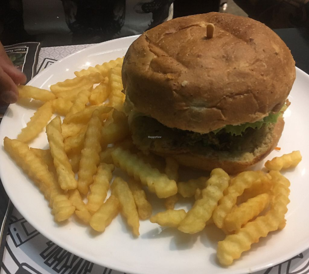 """Photo of Black Burger  by <a href=""""/members/profile/vegan_ryan"""">vegan_ryan</a> <br/>burger combo <br/> April 9, 2017  - <a href='/contact/abuse/image/90135/289893'>Report</a>"""
