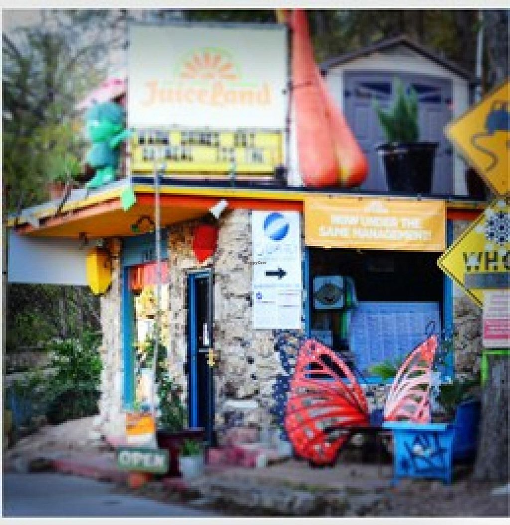 """Photo of JuiceLand - Barton Springs  by <a href=""""/members/profile/community"""">community</a> <br/>JuiceLand <br/> September 19, 2014  - <a href='/contact/abuse/image/9015/80417'>Report</a>"""