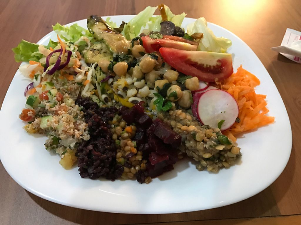 """Photo of Congosto  by <a href=""""/members/profile/Paolla"""">Paolla</a> <br/>Salad's options <br/> April 10, 2017  - <a href='/contact/abuse/image/90205/246801'>Report</a>"""