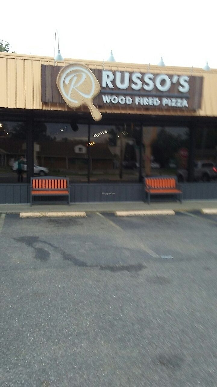 "Photo of Russo's Wood Fired Pizza  by <a href=""/members/profile/Williamewq123ify"">Williamewq123ify</a> <br/>outside of the building  <br/> July 21, 2017  - <a href='/contact/abuse/image/90257/282896'>Report</a>"