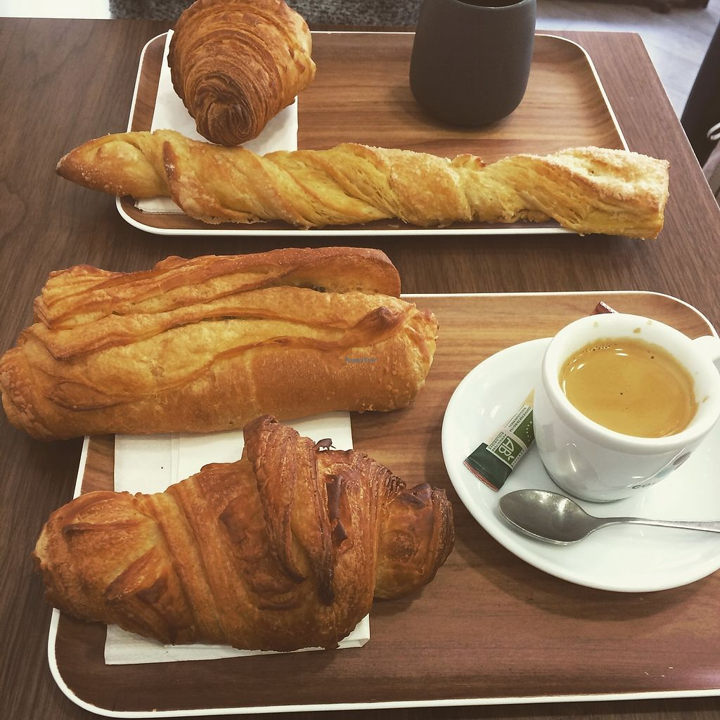 "Photo of VG Pâtisserie  by <a href=""/members/profile/sabrinajh"">sabrinajh</a> <br/>Croissant & Pain au Chocolat with an espresso <br/> April 13, 2018  - <a href='/contact/abuse/image/90318/385257'>Report</a>"
