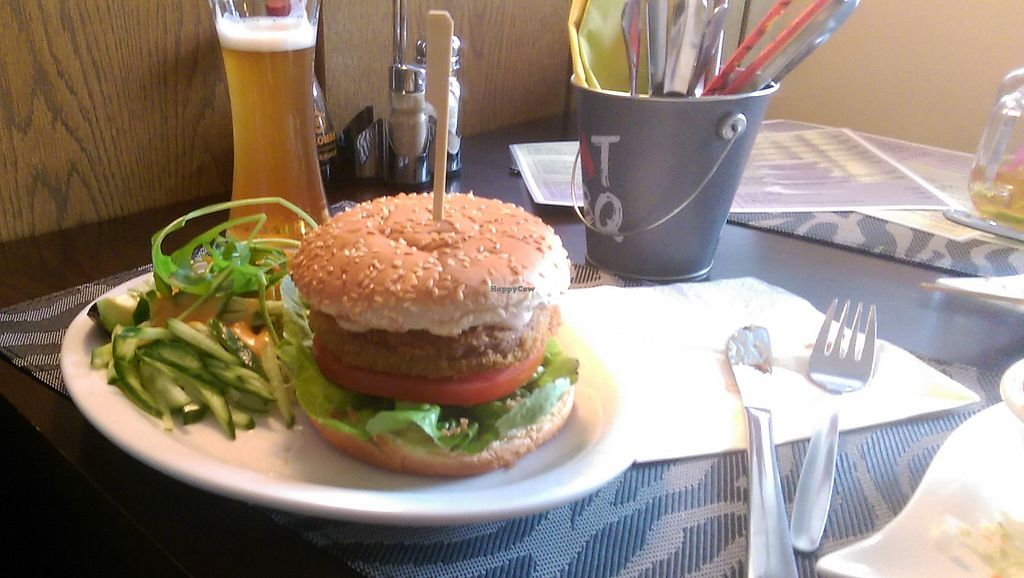 """Photo of Peace Food  by <a href=""""/members/profile/Hotte"""">Hotte</a> <br/>Vegan burger <br/> May 21, 2017  - <a href='/contact/abuse/image/90359/260975'>Report</a>"""
