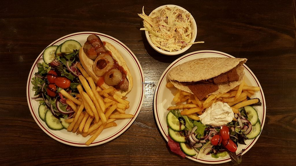 "Photo of The Monument  by <a href=""/members/profile/VeganAnnaS"">VeganAnnaS</a> <br/>Hot dog (no mustard), doner kebab and a side of coleslaw <br/> January 27, 2018  - <a href='/contact/abuse/image/90365/351369'>Report</a>"