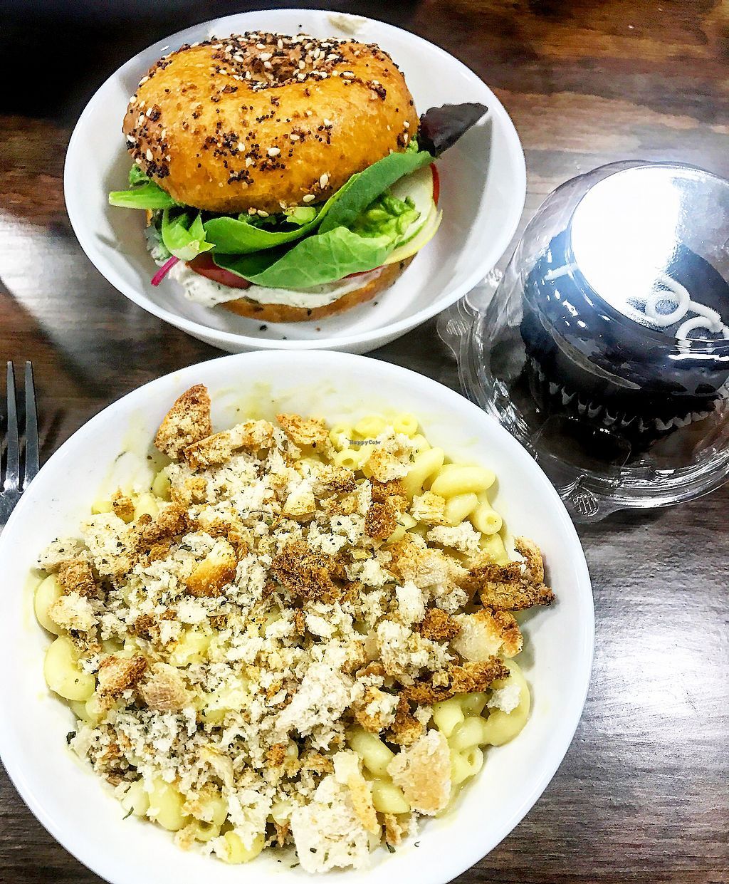 """Photo of Skull & Cakebones  by <a href=""""/members/profile/brero"""">brero</a> <br/>mac & cheese & the bagel sandwich  <br/> August 17, 2017  - <a href='/contact/abuse/image/90391/293456'>Report</a>"""
