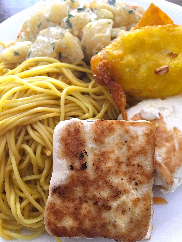 "Photo of La Casa Vegetariana  by <a href=""/members/profile/CrisyRivera"">CrisyRivera</a> <br/>Noodles, tofu, potatoe salad and ""empanadas"".  <br/> November 11, 2017  - <a href='/contact/abuse/image/90510/324393'>Report</a>"