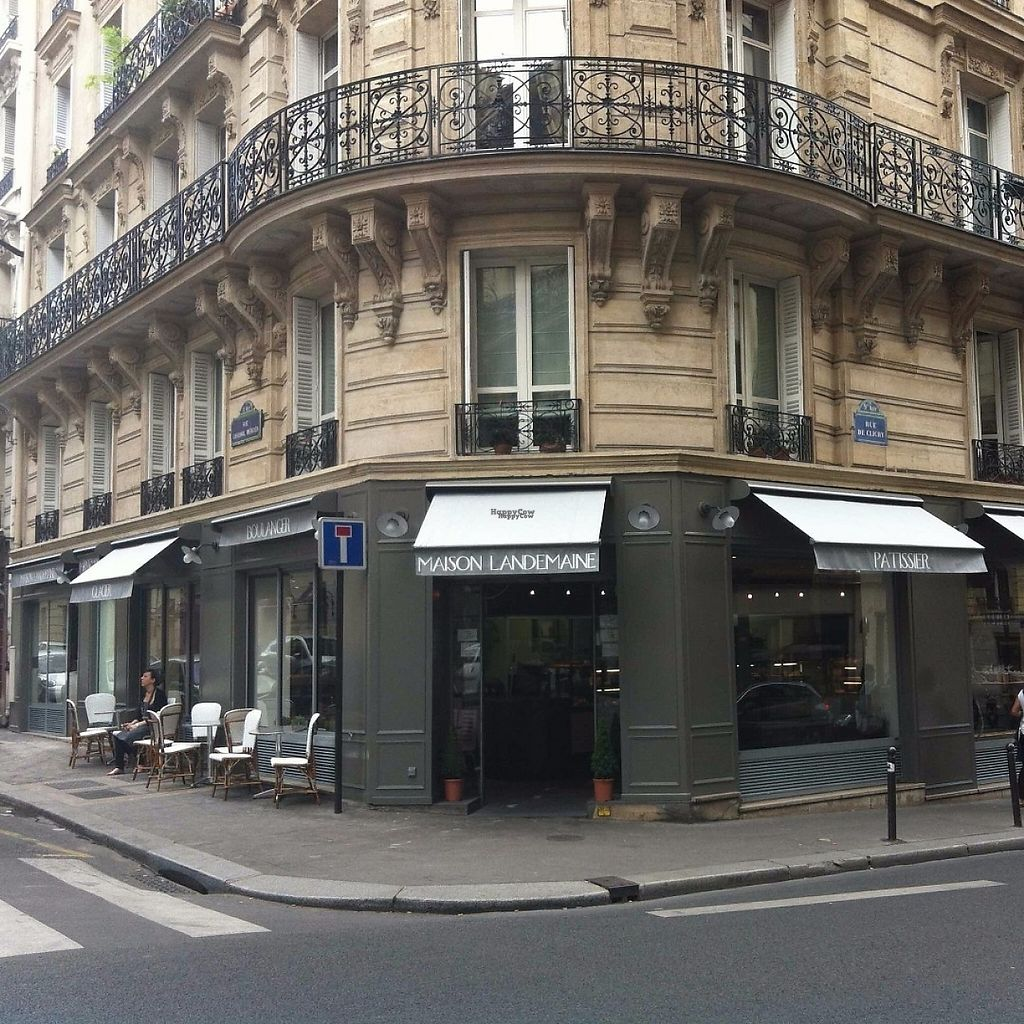 "Photo of Maison Landemaine - Clichy  by <a href=""/members/profile/MaisonLandemaine"">MaisonLandemaine</a> <br/>The front of the bakery <br/> April 18, 2017  - <a href='/contact/abuse/image/90544/249605'>Report</a>"