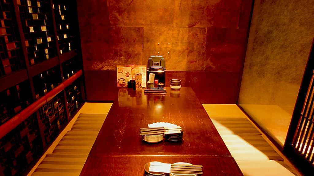 """Photo of CLOSED: Tsuki no Shizuku  by <a href=""""/members/profile/VegeProjectJapan"""">VegeProjectJapan</a> <br/>Seating <br/> April 19, 2017  - <a href='/contact/abuse/image/90558/249851'>Report</a>"""