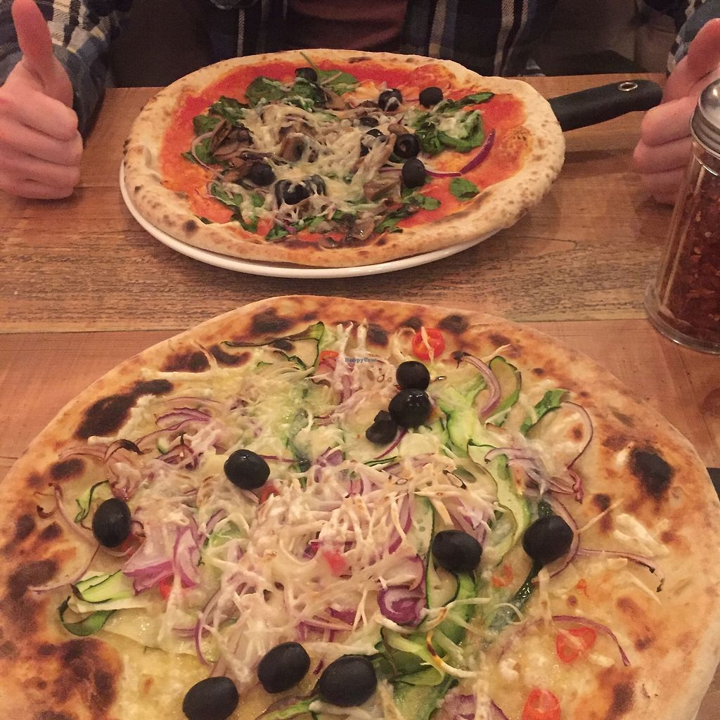 "Photo of Urbano 32  by <a href=""/members/profile/BarmyEdamame"">BarmyEdamame</a> <br/>Both of the vegan pizzas <br/> December 9, 2017  - <a href='/contact/abuse/image/90565/333698'>Report</a>"