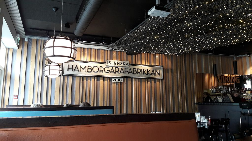 """Photo of Hamborgarafabrikkan  by <a href=""""/members/profile/Veganolive1"""">Veganolive1</a> <br/>Interior <br/> June 30, 2017  - <a href='/contact/abuse/image/90578/275272'>Report</a>"""