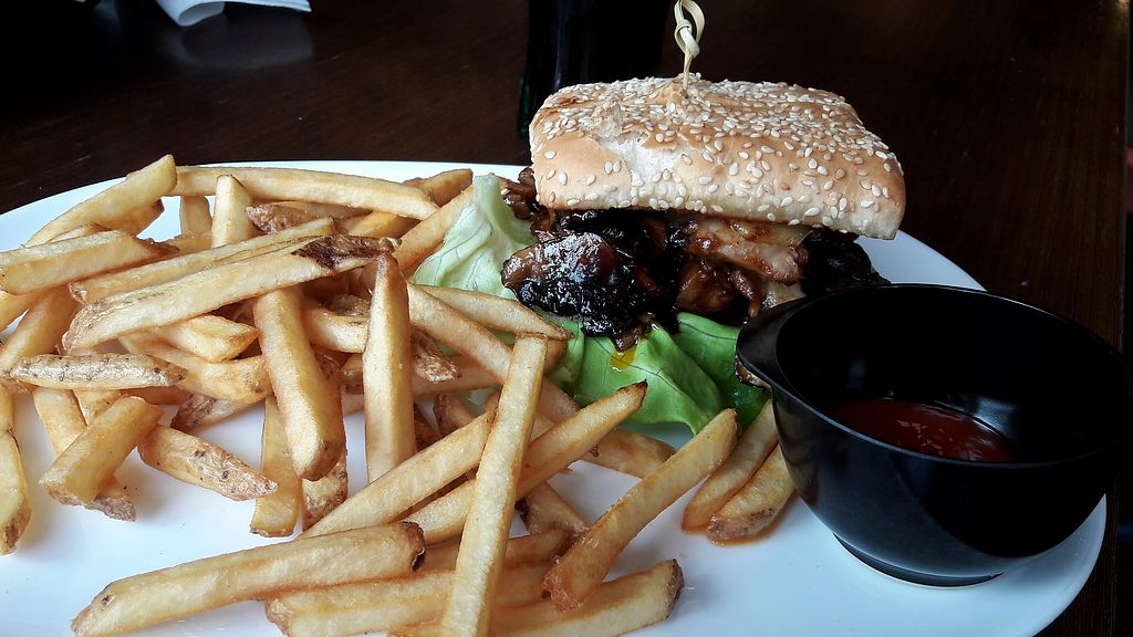 """Photo of Hamborgarafabrikkan  by <a href=""""/members/profile/Veganolive1"""">Veganolive1</a> <br/>BBQ burger with fries, Violife cheese <br/> June 30, 2017  - <a href='/contact/abuse/image/90578/275273'>Report</a>"""