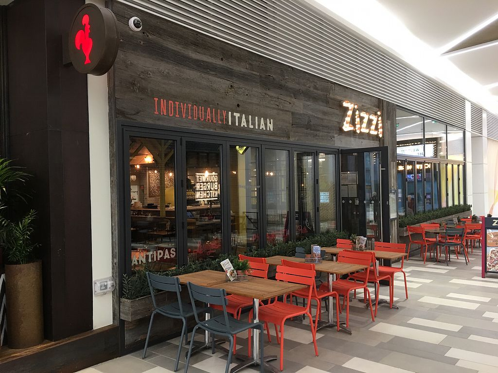"""Photo of Zizzi - The Light  by <a href=""""/members/profile/hack_man"""">hack_man</a> <br/>Exterior  <br/> March 23, 2018  - <a href='/contact/abuse/image/90663/374801'>Report</a>"""