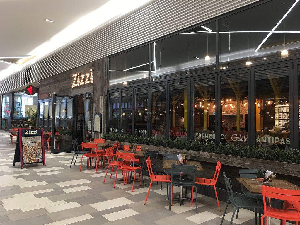 """Photo of Zizzi - The Light  by <a href=""""/members/profile/hack_man"""">hack_man</a> <br/>Exterior  <br/> March 23, 2018  - <a href='/contact/abuse/image/90663/374802'>Report</a>"""