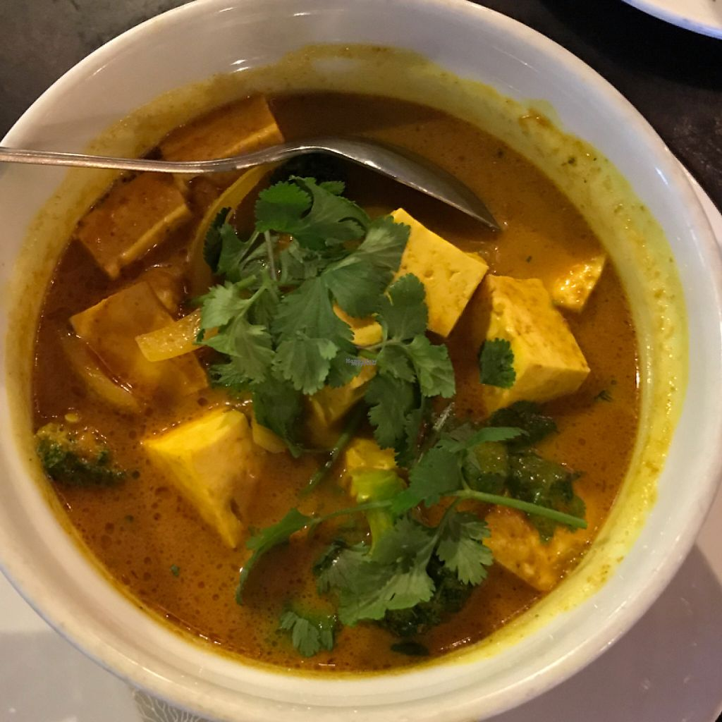 "Photo of Woody's Thai Kitchen  by <a href=""/members/profile/Sarah%20P"">Sarah P</a> <br/>yellow curry <br/> April 21, 2017  - <a href='/contact/abuse/image/90688/250648'>Report</a>"