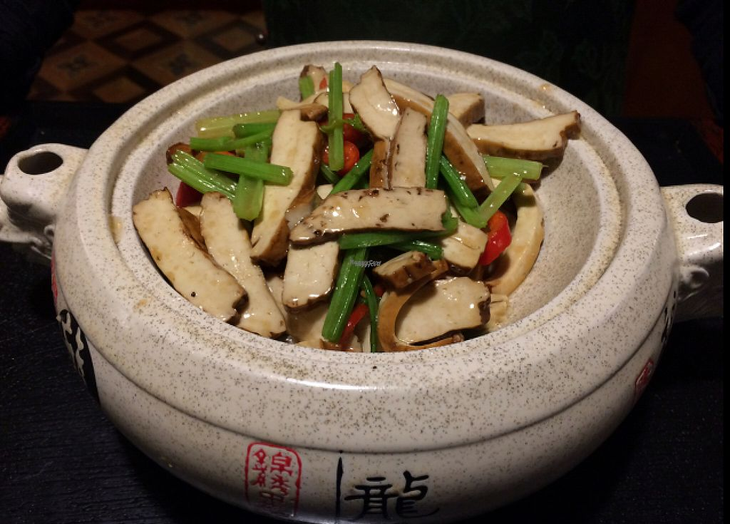 "Photo of Shansu Vegetarian  by <a href=""/members/profile/Fengshanjian"">Fengshanjian</a> <br/>Torfu with Celery <br/> April 22, 2017  - <a href='/contact/abuse/image/90801/250923'>Report</a>"