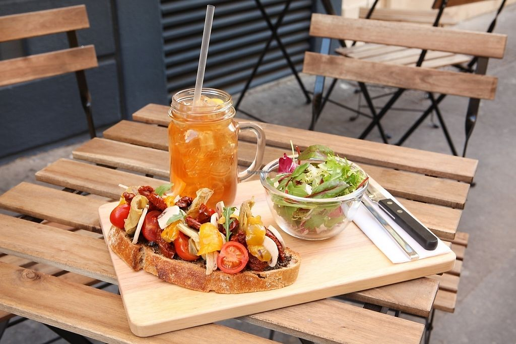 """Photo of Le Tuyau  by <a href=""""/members/profile/Totor"""">Totor</a> <br/>The tartine of """"Flo"""", vegan and vegetarian tartine (artichoke, homemade tapenade, tomatoes, mushroom, sundried tomatoes. And what comes with it: HOMEMADE ICE TEA <br/> May 4, 2017  - <a href='/contact/abuse/image/90832/255575'>Report</a>"""