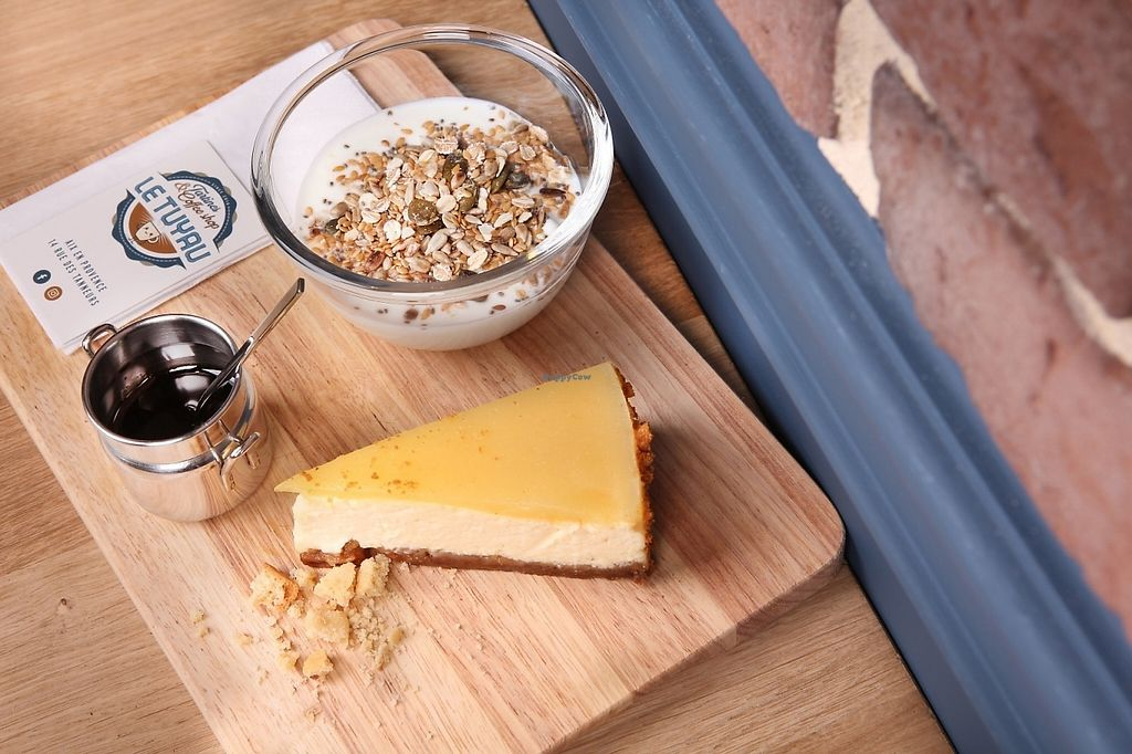 """Photo of Le Tuyau  by <a href=""""/members/profile/Totor"""">Totor</a> <br/>Homemade pear cheesecake, cottage cheese, honey and homemade granola, yummy! <br/> May 4, 2017  - <a href='/contact/abuse/image/90832/255576'>Report</a>"""