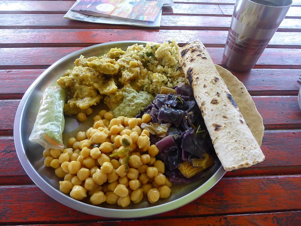 "Photo of Aree's Ayurvedic Cafe  by <a href=""/members/profile/VeganNatascha"">VeganNatascha</a> <br/>Essen vom Buffet <br/> February 16, 2018  - <a href='/contact/abuse/image/90947/359902'>Report</a>"