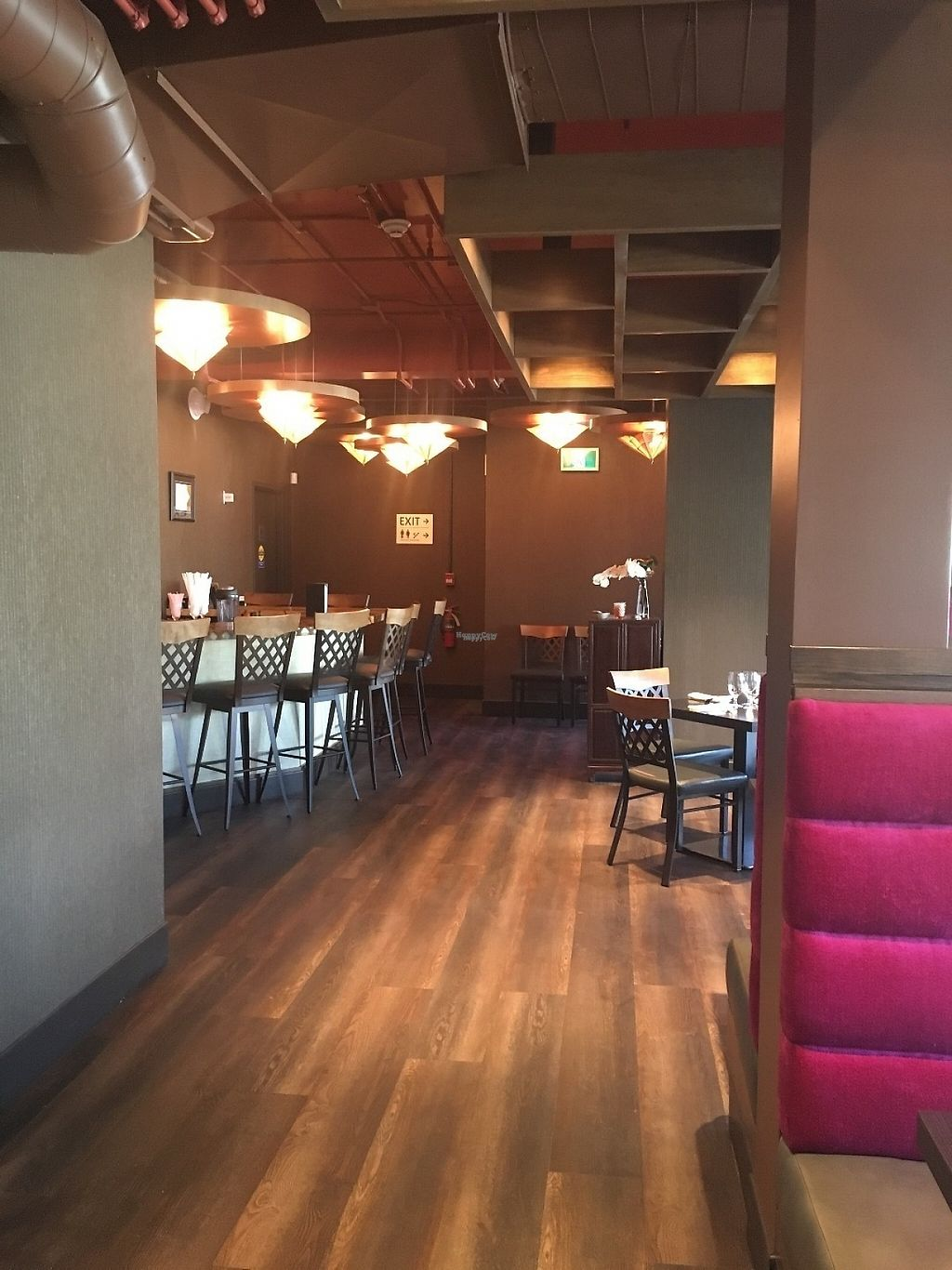 """Photo of Niagara's Finest Thai  by <a href=""""/members/profile/Brena"""">Brena</a> <br/>Restaurant Interior 1 <br/> April 26, 2017  - <a href='/contact/abuse/image/90950/252815'>Report</a>"""