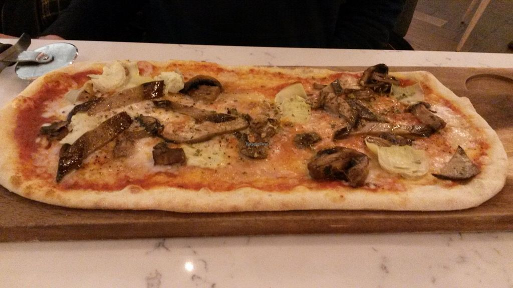 "Photo of Ask Italian  by <a href=""/members/profile/deadpledge"">deadpledge</a> <br/>Vegan pizza with mushrooms, artichokes and aubergines <br/> November 12, 2017  - <a href='/contact/abuse/image/90952/324642'>Report</a>"