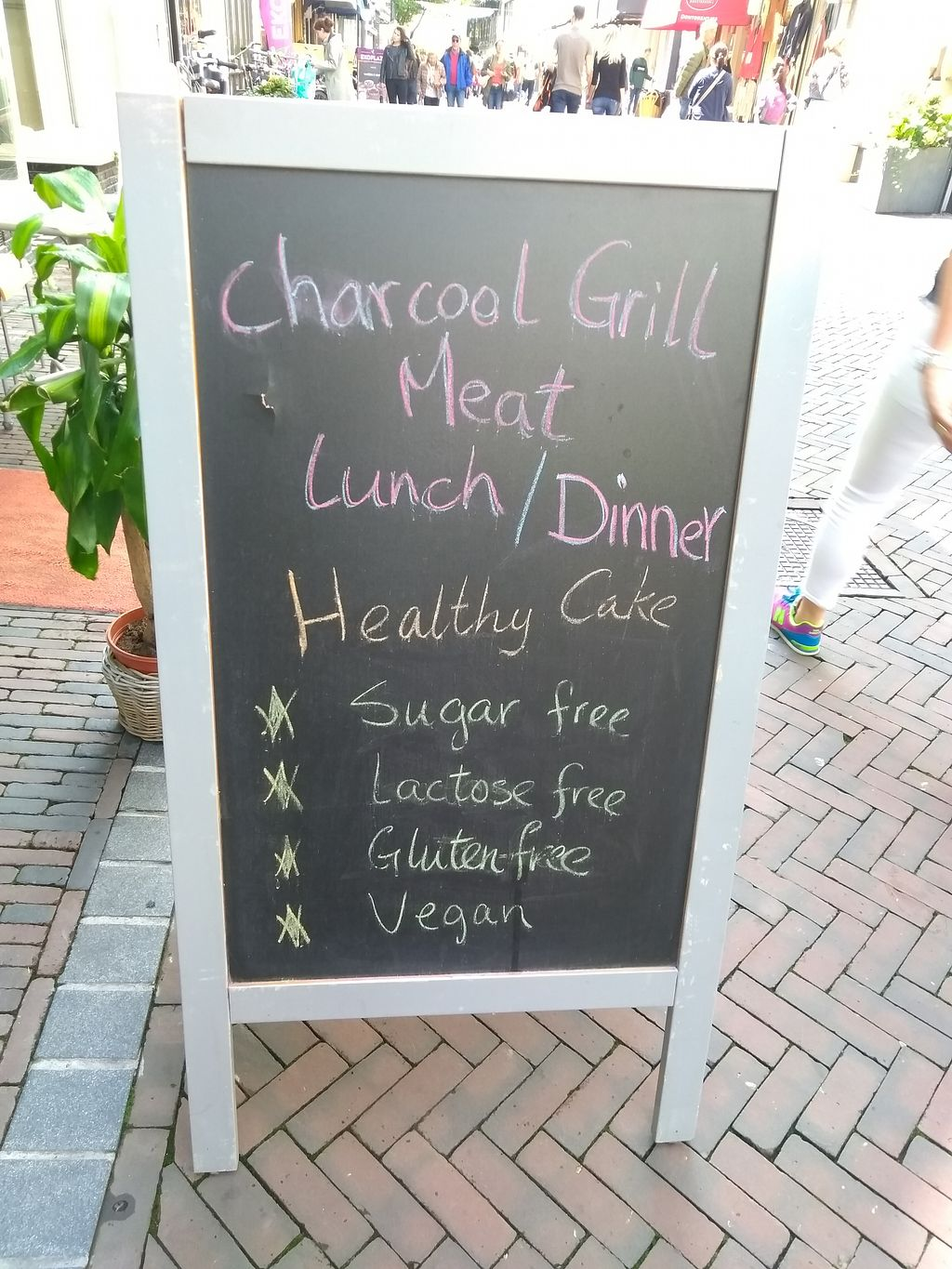 """Photo of Anna's Lunchroom  by <a href=""""/members/profile/thenaturalfusions"""">thenaturalfusions</a> <br/>outside chalkboard <br/> August 22, 2017  - <a href='/contact/abuse/image/90988/295813'>Report</a>"""