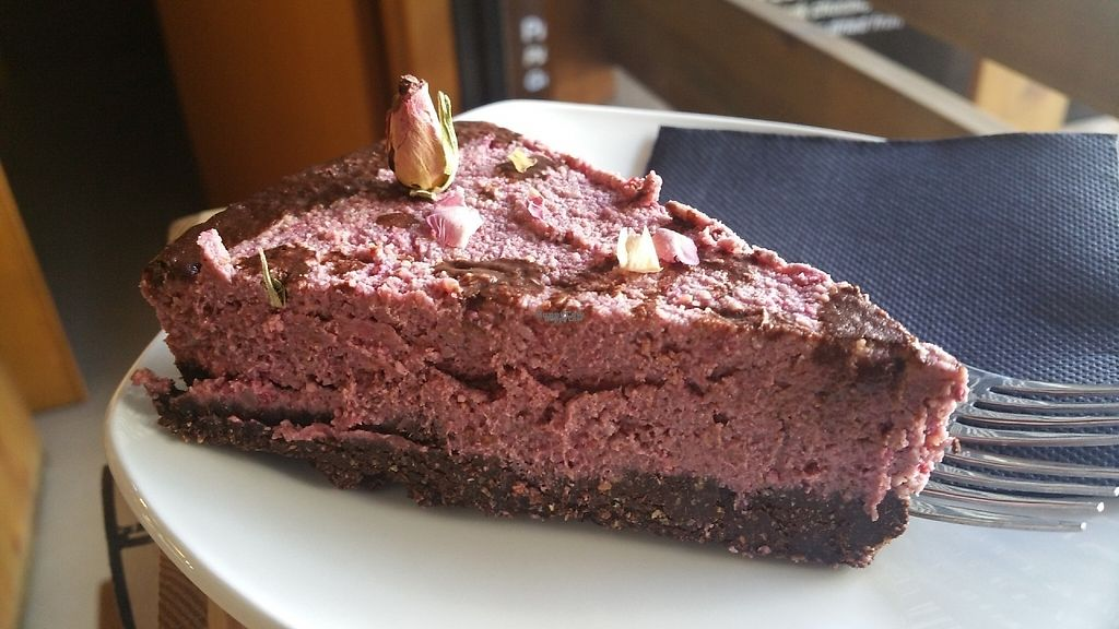 """Photo of Pash the Healthy Options   by <a href=""""/members/profile/Rosa%20veg"""">Rosa veg</a> <br/>Raw cake  <br/> April 24, 2017  - <a href='/contact/abuse/image/90997/252141'>Report</a>"""